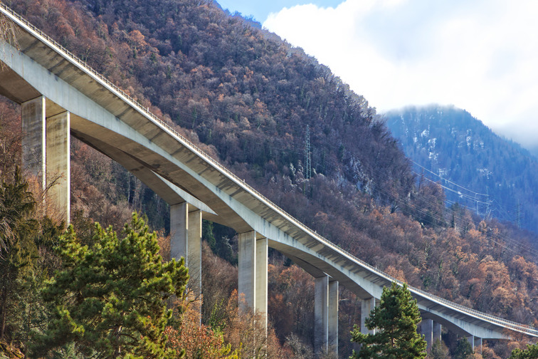 Sika products for repair and protection of concrete bridge in different applications, climate and exposure conditions.