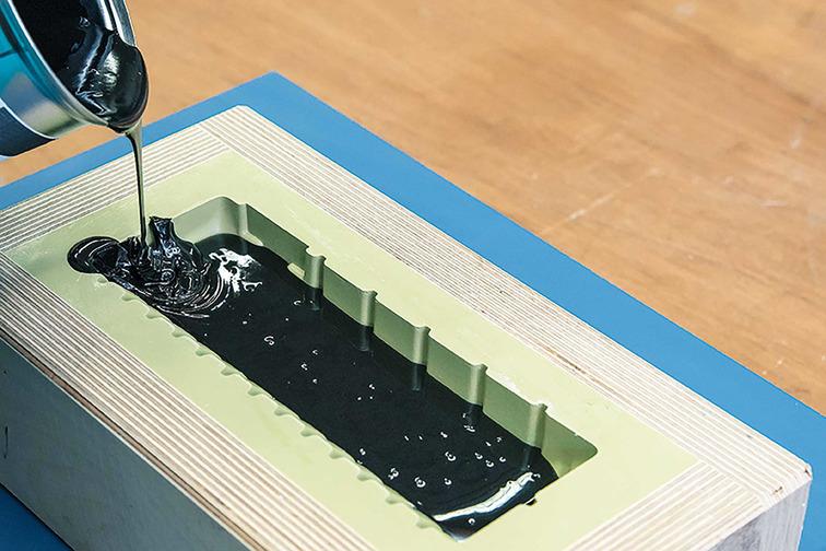 Epoxy casting resin application